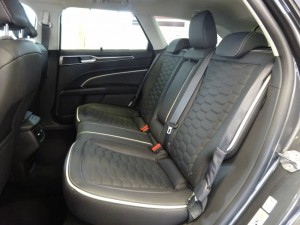 FORD Mondeo Station Wagon 2.0 HEV 187 Vignale 9