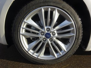 FORD Mondeo Station Wagon 2.0 HEV 187 Vignale 25