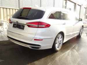 FORD Mondeo Station Wagon 2.0 HEV 187 Vignale 4