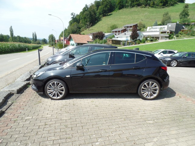 Opel Astra 1.6 CDTi ecoF Excellence Automatic