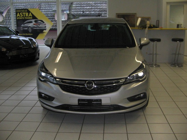 Opel Astra 1.4i Turbo Enjoy