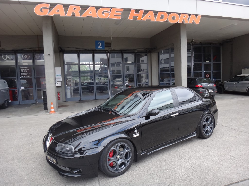 Alfa romeo 156 3 2 v6 gta occasion benzin 82 39 610 km for Garage alfa romeo 95