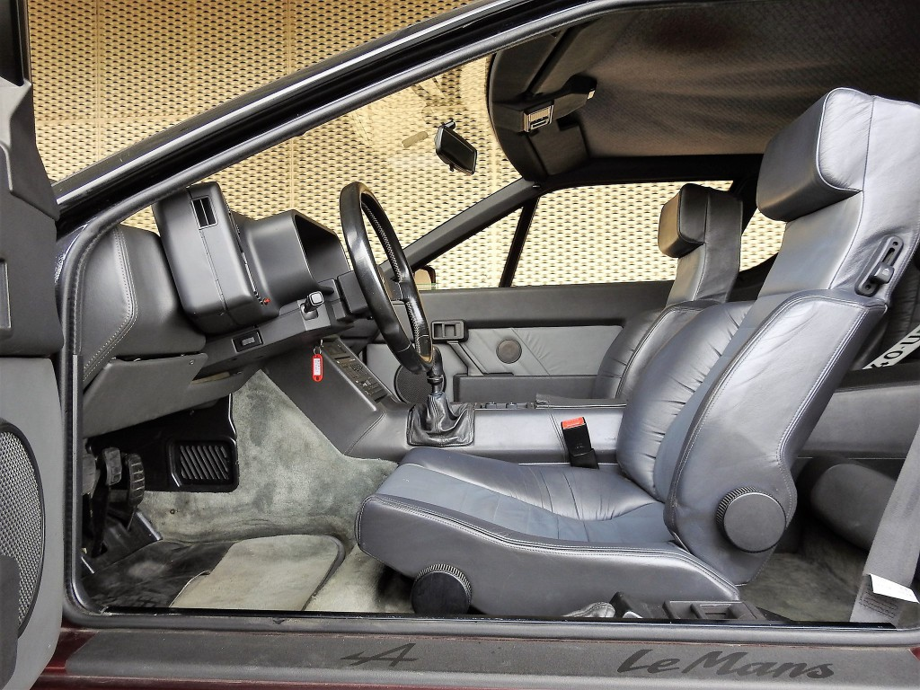 alpine alpine v6 turbo le mans occasion benzin 148 39 000 km chf 49 39 800. Black Bedroom Furniture Sets. Home Design Ideas