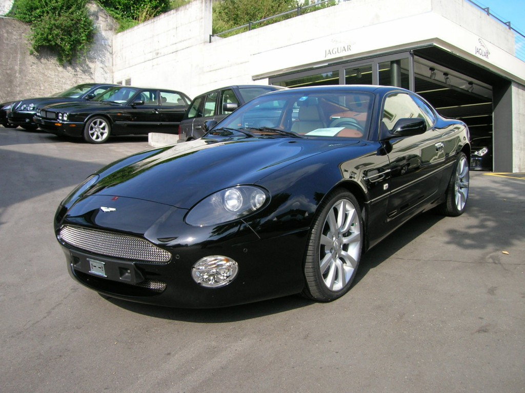 aston martin db7 vantage occasion benzin 33 39 500 km chf. Black Bedroom Furniture Sets. Home Design Ideas