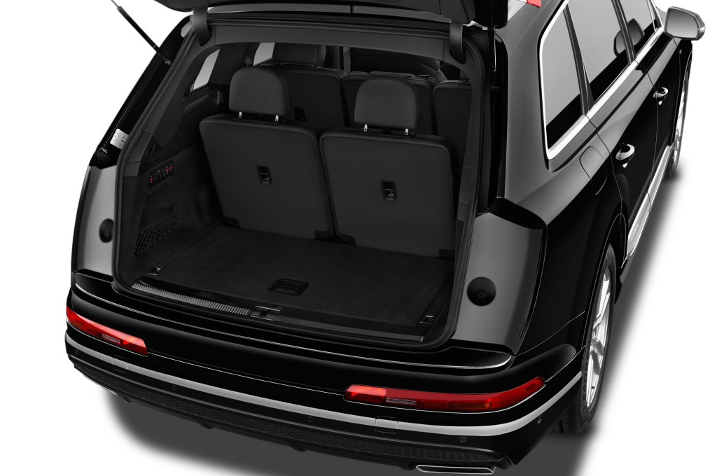audi q7 suv gel ndewagen neuwagen bilder. Black Bedroom Furniture Sets. Home Design Ideas