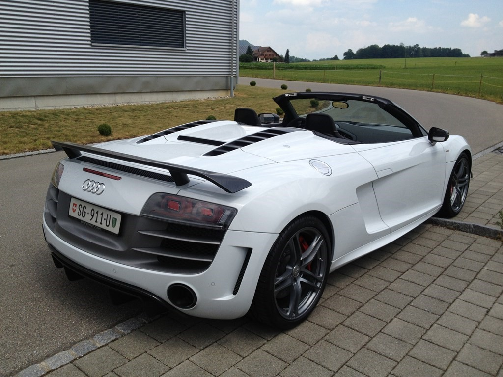 audi r8 gt spyder 5 2 r tronic occasion benzin 5 39 900 km. Black Bedroom Furniture Sets. Home Design Ideas