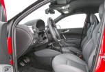 AUDI S1 Kleinwagen Front + links, Hatchback, Rot