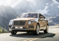 BENTLEY Bentayga SUV / Geländewagen Front + links, Stationwagon, Braun
