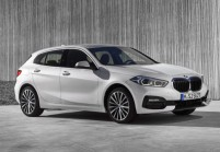 BMW 120 Limousine Front + links, Hatchback