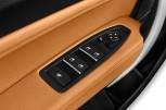 BMW 2 SERIES M Sport -  Steuerelemente in der Fahrertür