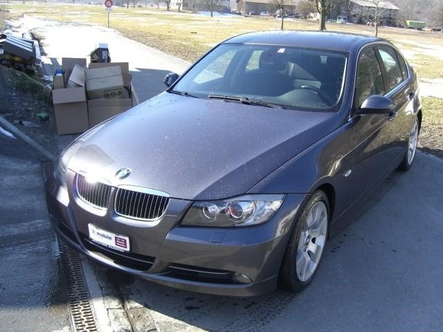 BMW 330i 5049633