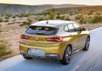 BMW X2 SUV / Geländewagen Front + links