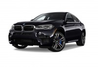 BMW X6M SUV / Geländewagen Schrägansicht Front