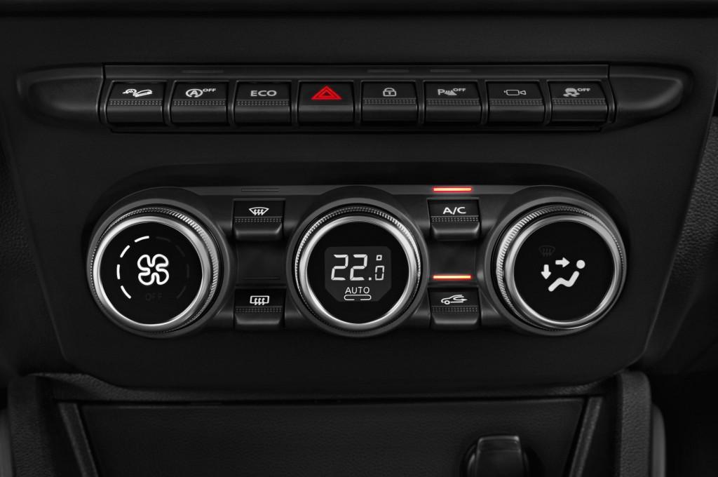 Dacia duster auto nuove immagini for Immagini dacia duster