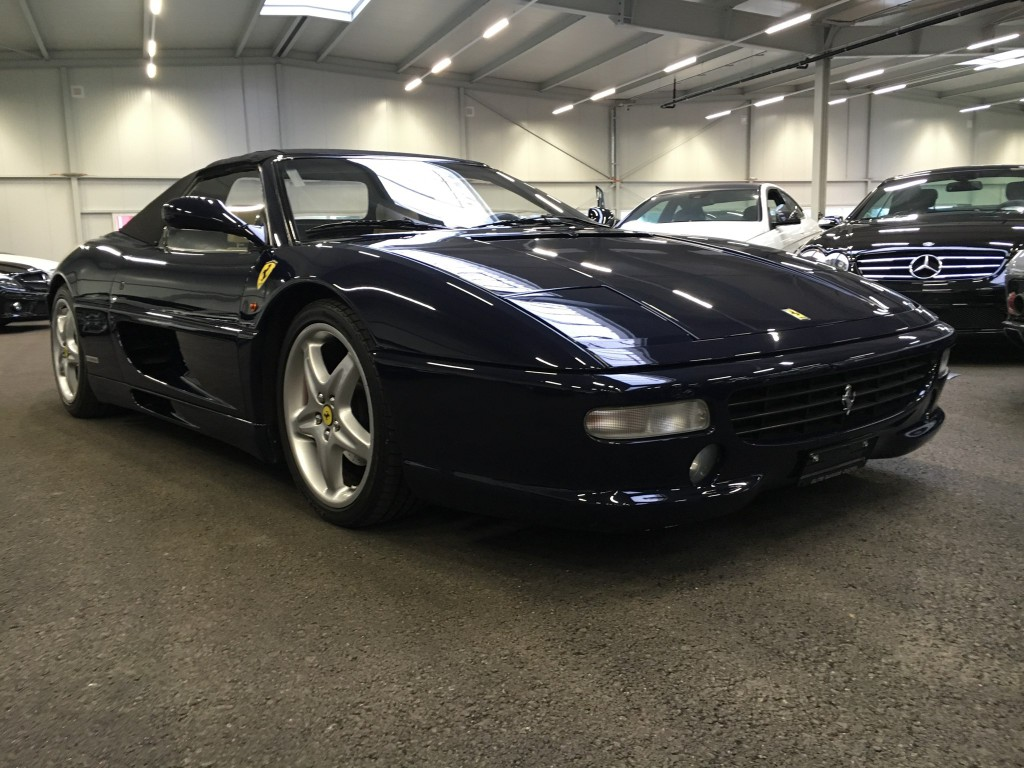 ferrari f355 spider occasion benzin 67 39 000 km chf 69 39 800. Black Bedroom Furniture Sets. Home Design Ideas