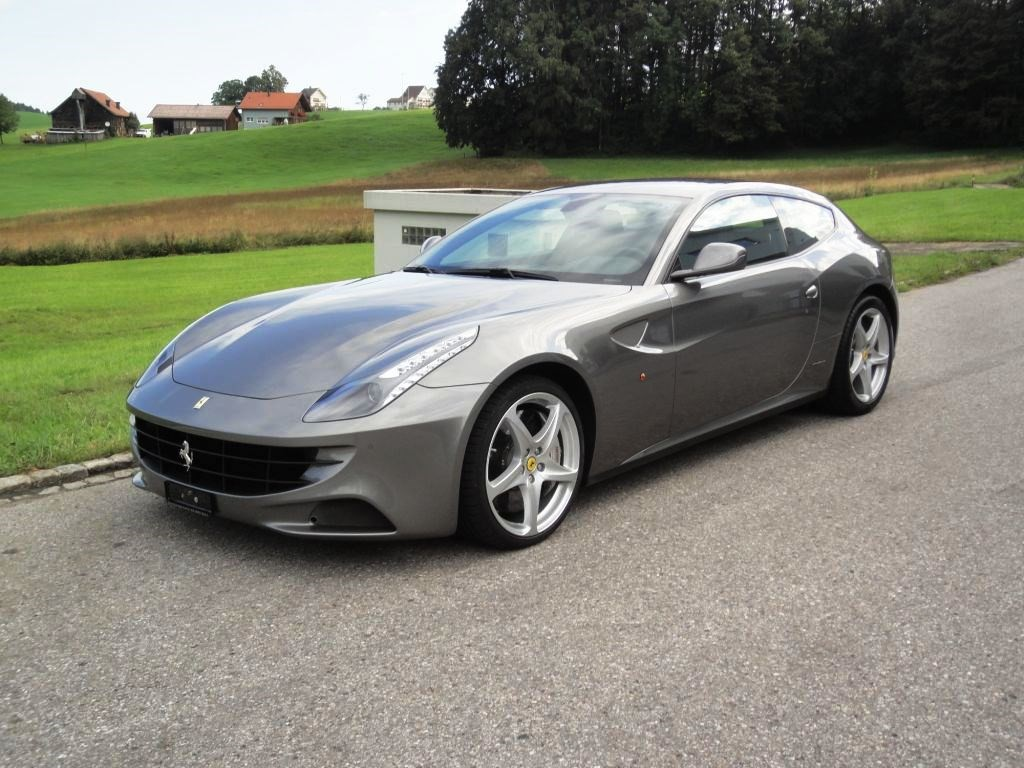 ferrari ff occasion benzin 55 39 800 km chf 154 39 000. Black Bedroom Furniture Sets. Home Design Ideas