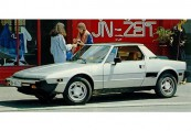 FIAT   Front + links, Targa, Silbergrau