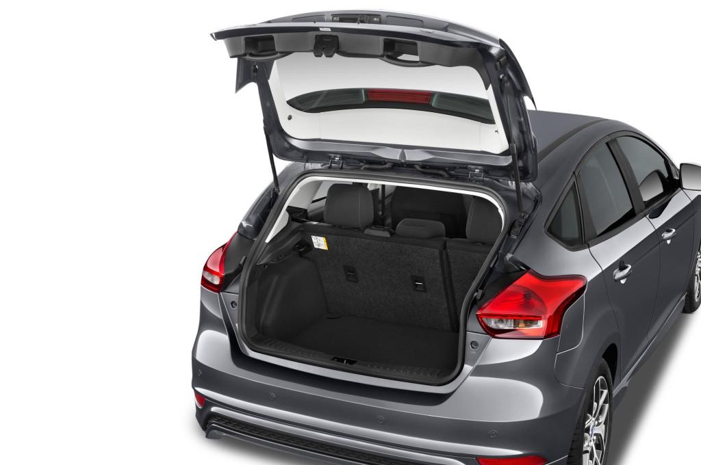 Ford Focus Limousine Neuwagen Suchen Amp Kaufen