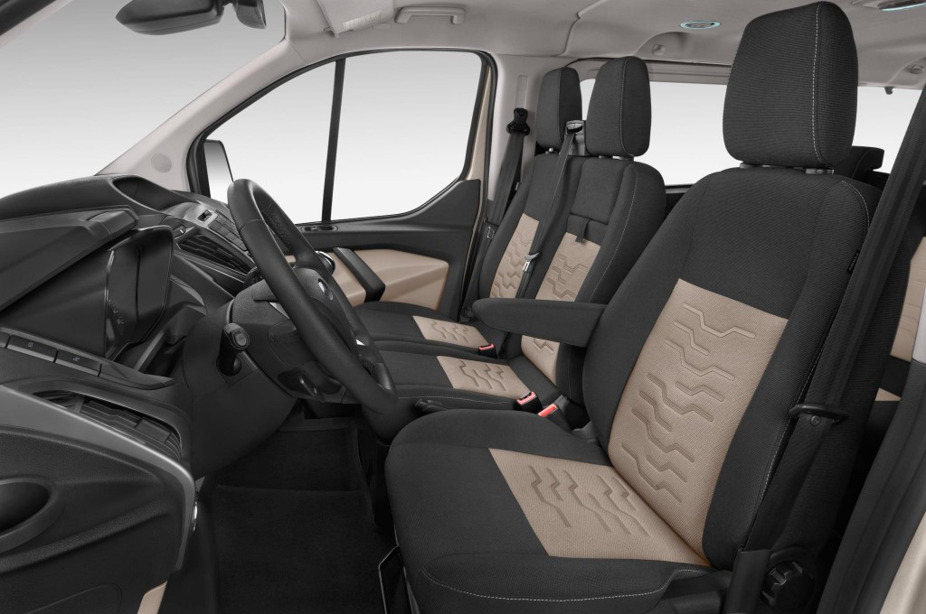 ford tourneo custom bus voiture neuve chercher acheter. Black Bedroom Furniture Sets. Home Design Ideas