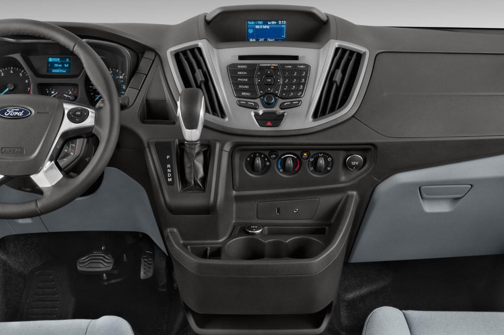 ford transit courier bus voiture neuve  chercher  acheter
