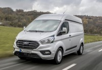 FORD TRANSIT CUSTOM Bus Front + links