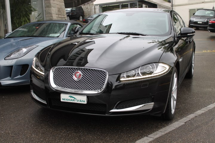 jaguar xf 3 0 v6 s c premium luxury 4x4 occasion benzin. Black Bedroom Furniture Sets. Home Design Ideas