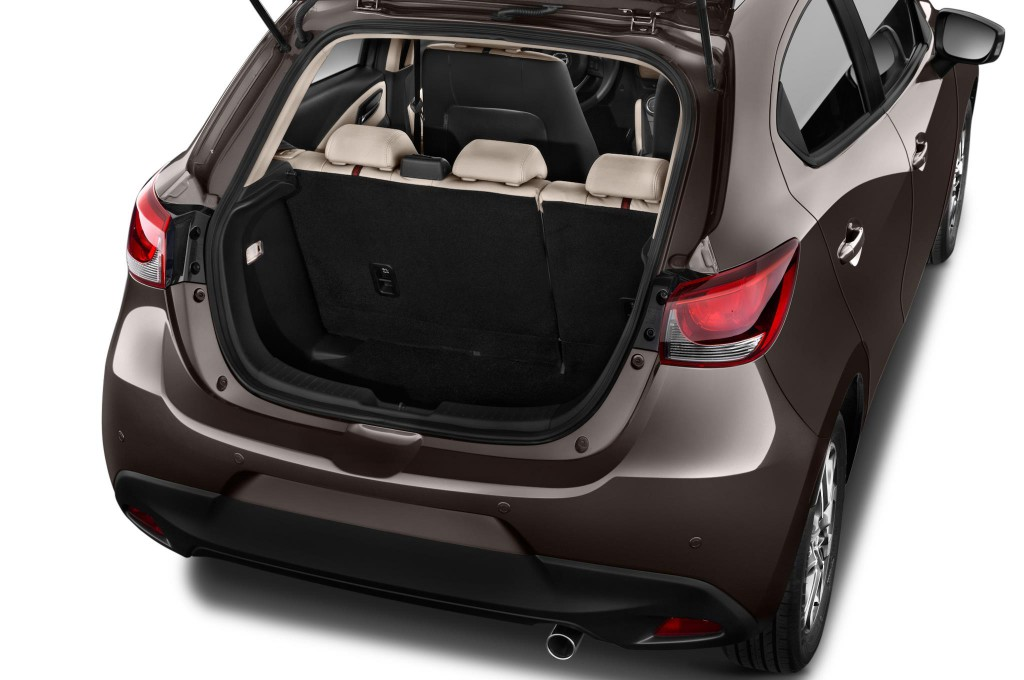 mazda 2 neuwagen bilder. Black Bedroom Furniture Sets. Home Design Ideas