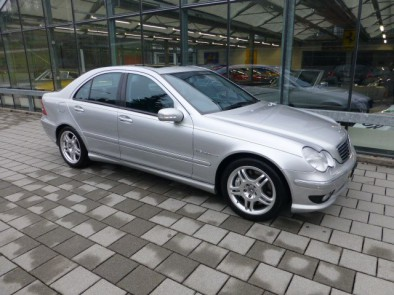 MERCEDES-BENZ C 32 AMG Automatic