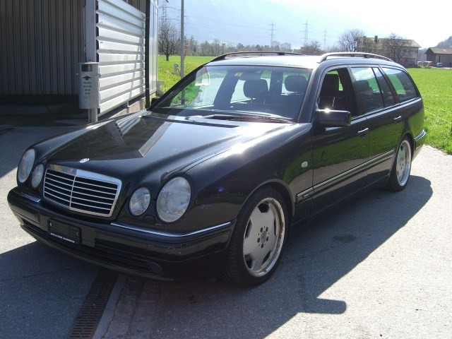 MERCEDES-BENZ E 55 AMG Avantgarde Automatic 15743374