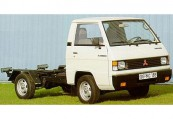 MITSUBISHI L 300  Front + rechts, Weiss