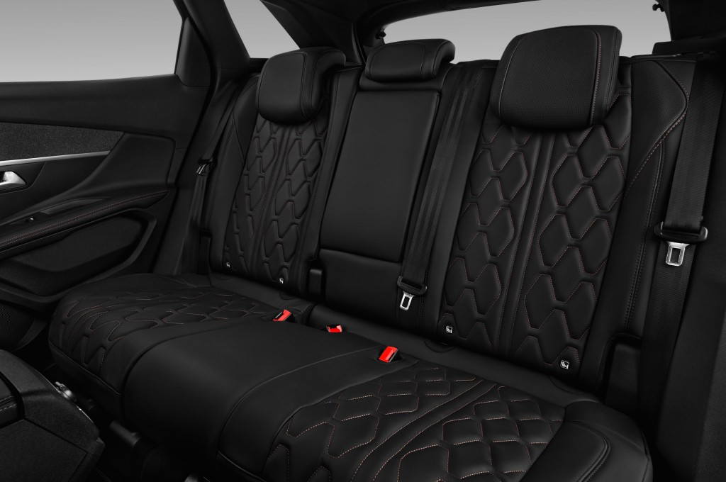 peugeot 3008 suv fuoristrada auto nuove cercare. Black Bedroom Furniture Sets. Home Design Ideas
