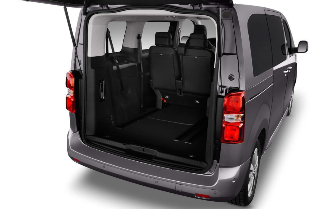 peugeot traveller compactvan    minivan voiture neuve
