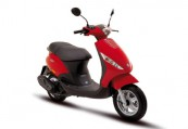PIAGGIO   Front + rechts, , Rot