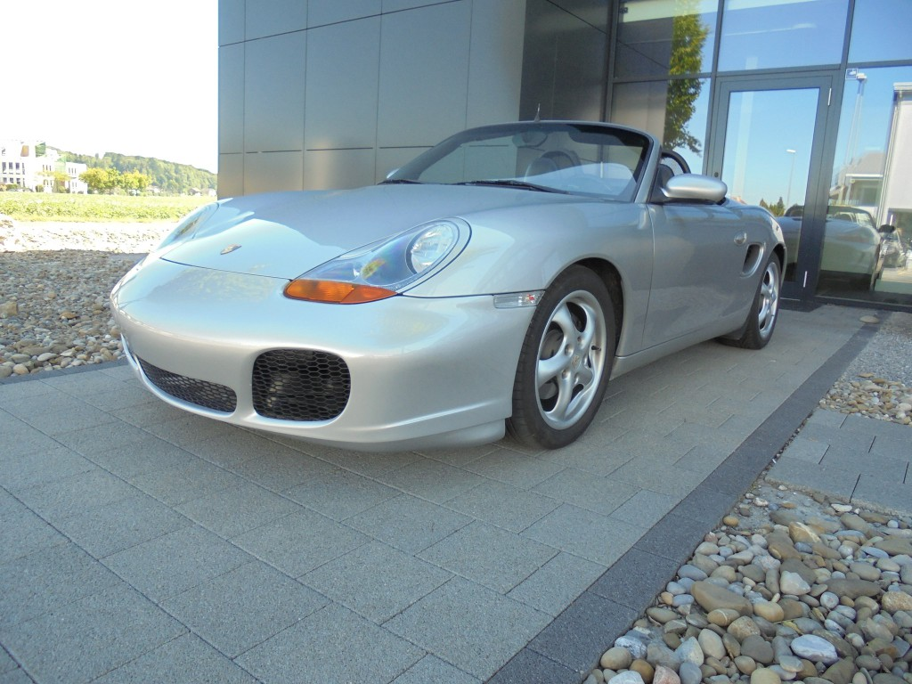 porsche boxster 2 5 occasion benzin 204 39 000 km chf 9 39 995. Black Bedroom Furniture Sets. Home Design Ideas