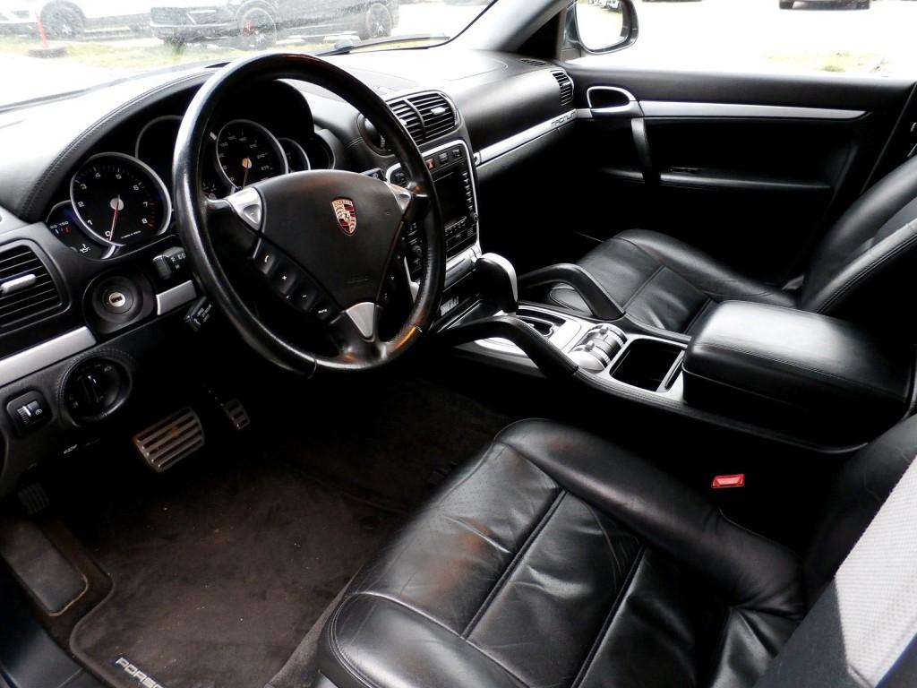 porsche cayenne turbo techart occasion benzin 139 39 500 km chf 29 39 800. Black Bedroom Furniture Sets. Home Design Ideas