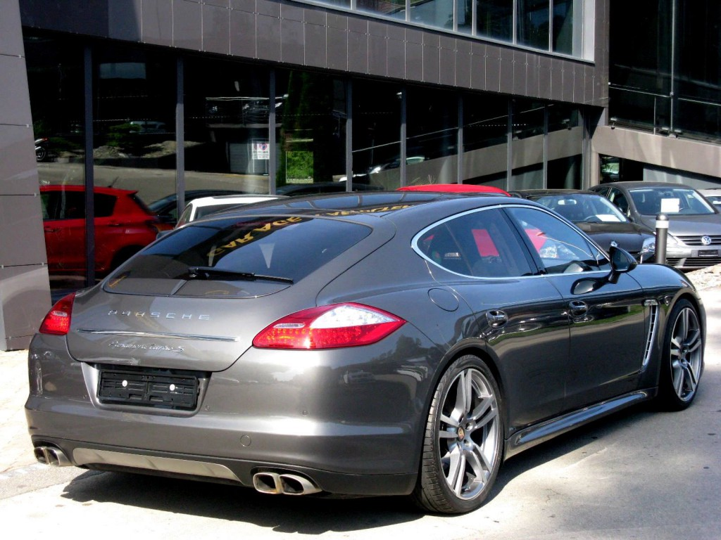 porsche panamera turbo s 4 8 pdk occasion essence 18 39 900 km chf 98 39 500. Black Bedroom Furniture Sets. Home Design Ideas