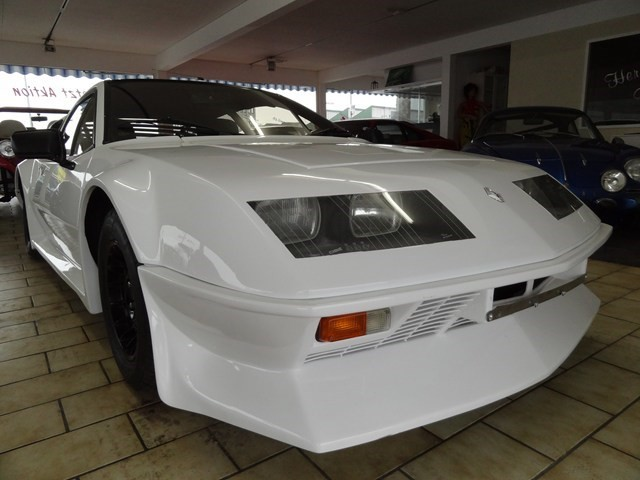 renault alpine a310 v6 occasion benzin 31 39 000 km chf. Black Bedroom Furniture Sets. Home Design Ideas