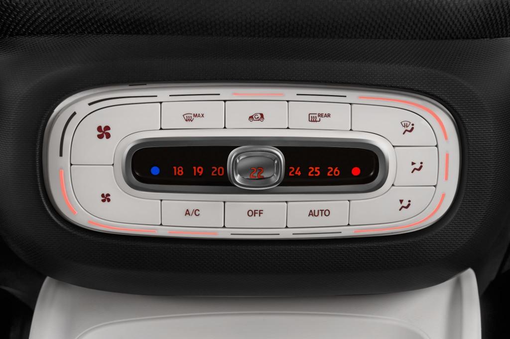 smart forfour petite voiture voiture neuve chercher acheter. Black Bedroom Furniture Sets. Home Design Ideas