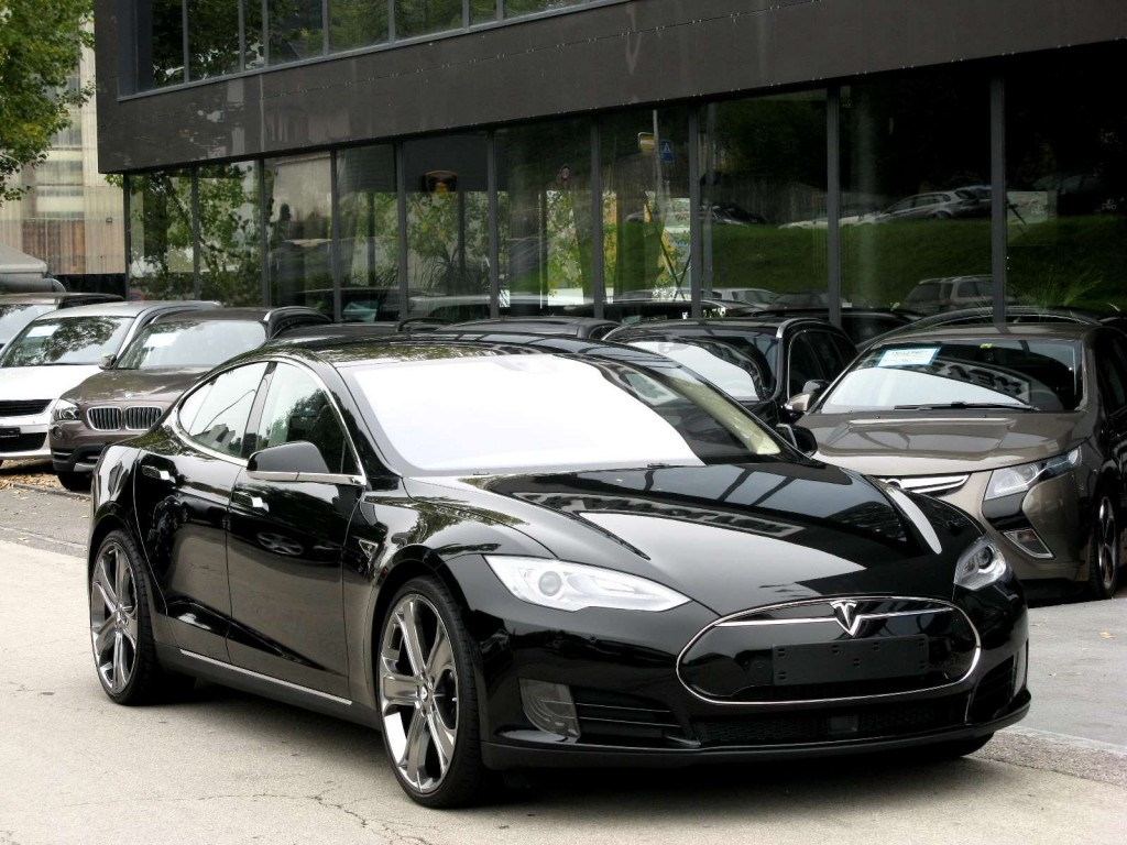 tesla model s 70 d occasion elektro 350 km chf 79 39 500. Black Bedroom Furniture Sets. Home Design Ideas