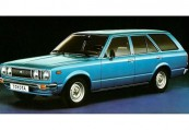TOYOTA   Front + links, Stationwagon, Blau