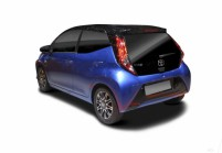 TOYOTA AYGO Microklasse Front + links