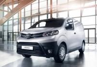 TOYOTA PROACE Kompaktvan / Minivan Front + links, Panel Van, Silbergrau