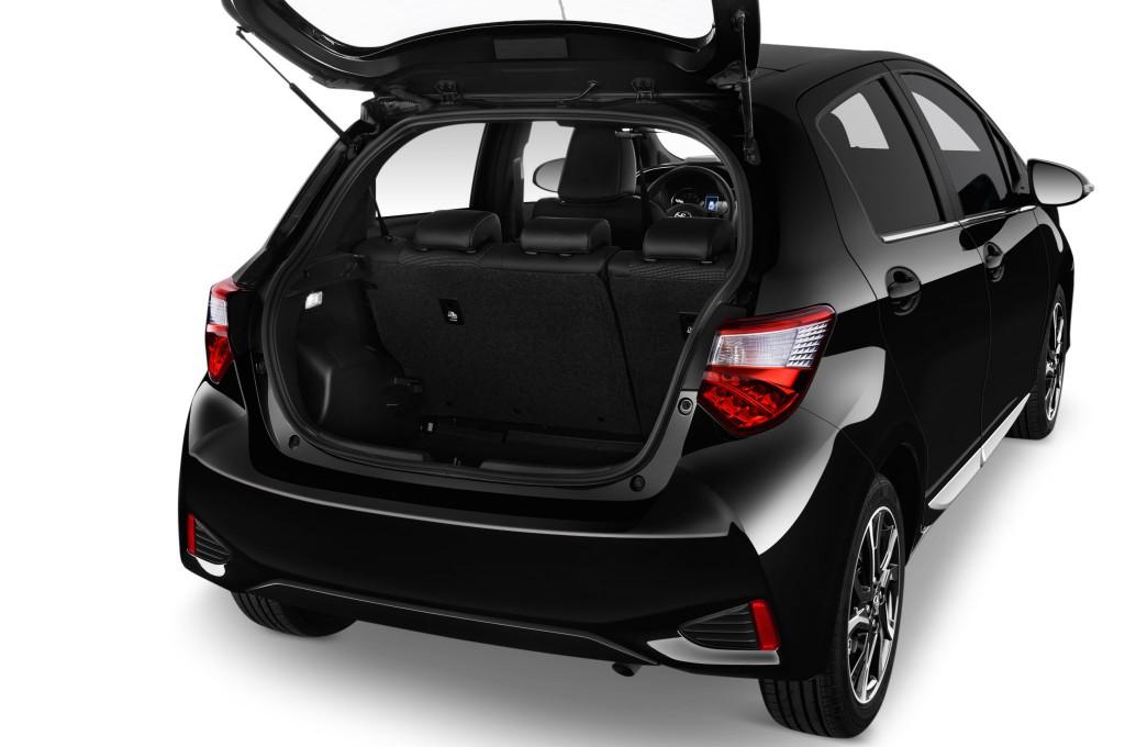 toyota yaris petite voiture voiture neuve chercher acheter. Black Bedroom Furniture Sets. Home Design Ideas