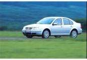 VW   Front + links, Sedan, Silbergrau